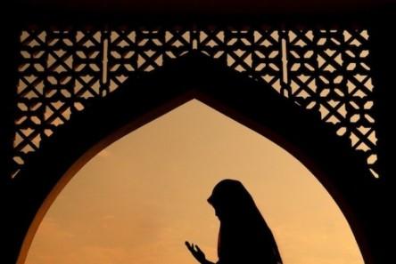 siluet-muslimah-_150430083110-289